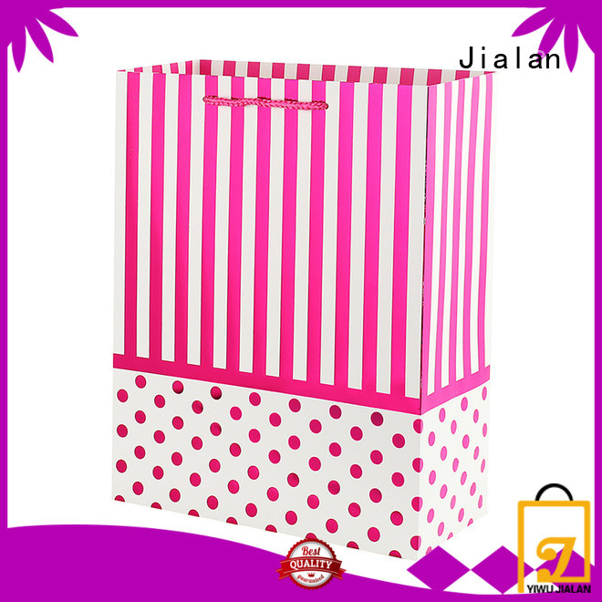 Jialan gift bags widely employed for