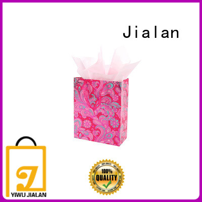 good quality gift bags optimal for packing birthday gifts