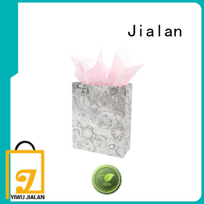 paper gift bags perfect for packing gifts