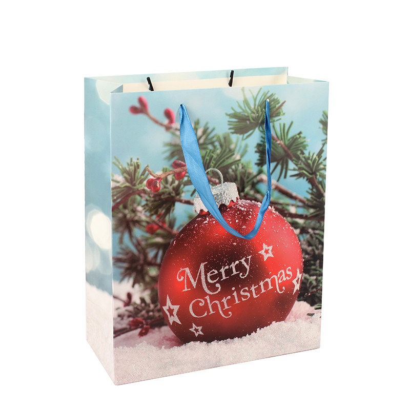 High Quality Wholesale Christmas Ivory Paper Gift Bag With Ribbon Handle