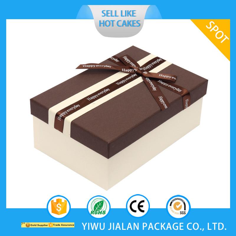 Cheap Cardboard Paper Gift Box With Ribbons Wedding Favors Bridesmaid Paper Gift Box