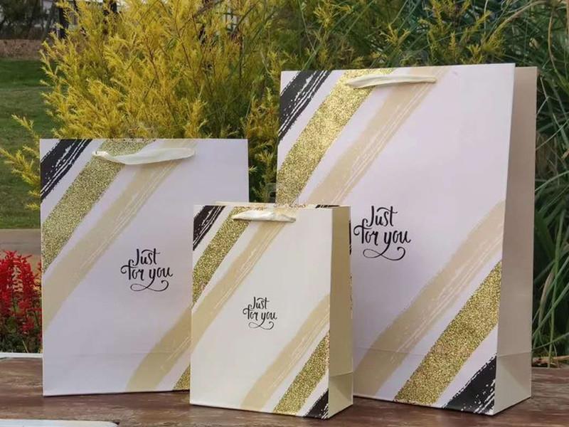 بريق و 3D حقيبة ورقة الهدايا اليومية العاج