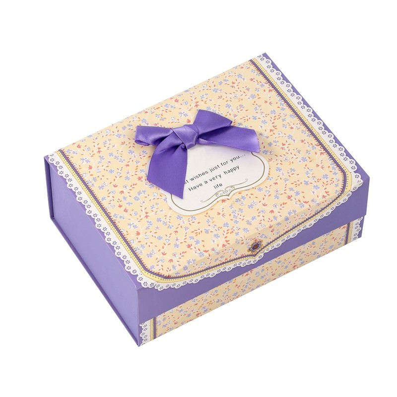 High Quality Floral Stitching Pattern Design Folding Gift Box With Bowtie