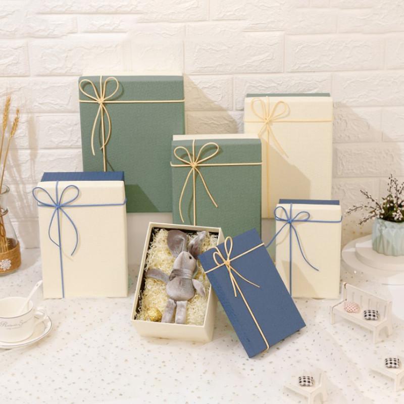 2021 Newest Design gift box set wedding gift box custom holiday event gift box