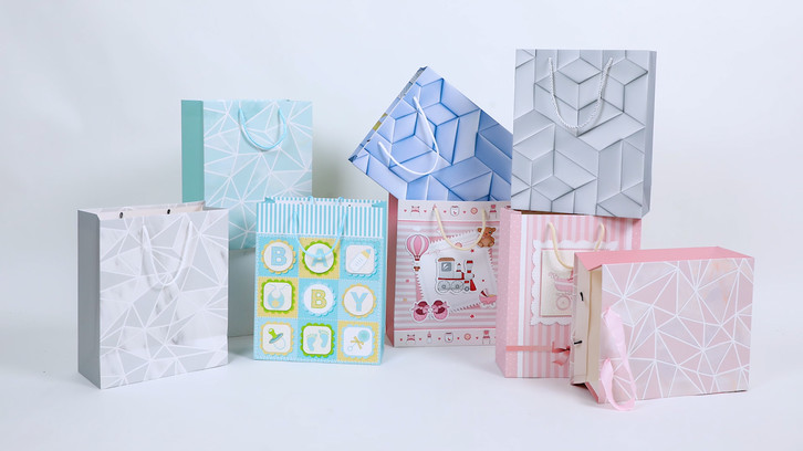 Daily gift paper bags wrap surprise for your love and bring your bright to everyone who surrounds you.