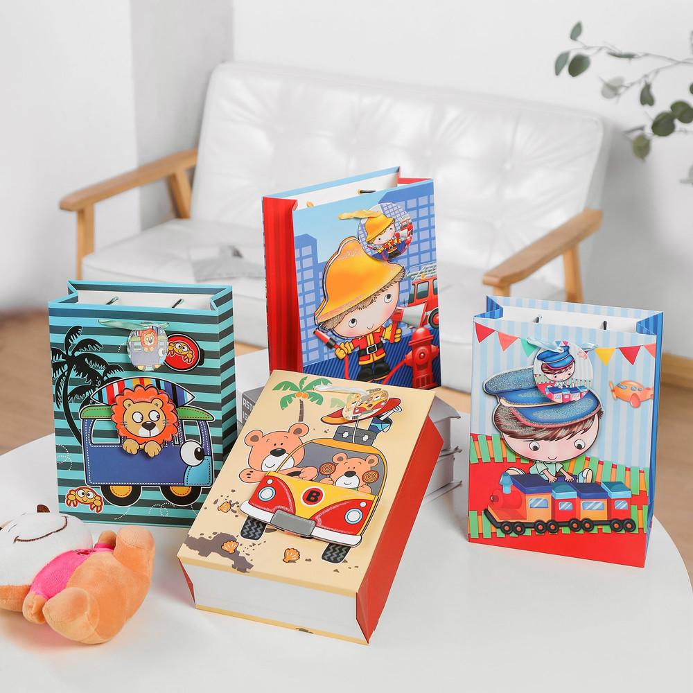 3D Cartoon Element Design Glitter Finishing Hot Selling Gift Paper Bag for Kids