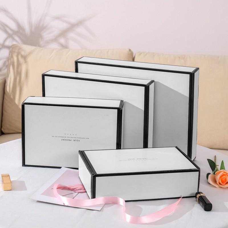 High Quality Black Border Simple Design Corrugated Mailing Box