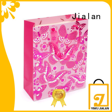good quality gift bags perfect for packing birthday gifts